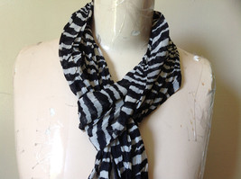 Zebra Striped Scrunched Style Fashion Scarf Light Weight Material NO TAGS image 3