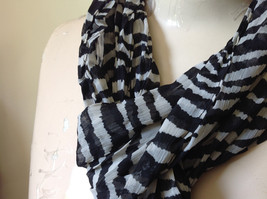 Zebra Striped Scrunched Style Fashion Scarf Light Weight Material NO TAGS image 5