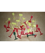 Street Signs - HO Trains accessories - (30 Pieces) - $14.00