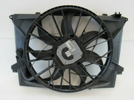 Mercedes R230 SL500 cooling fan w/shroud 1137328108 - $168.29