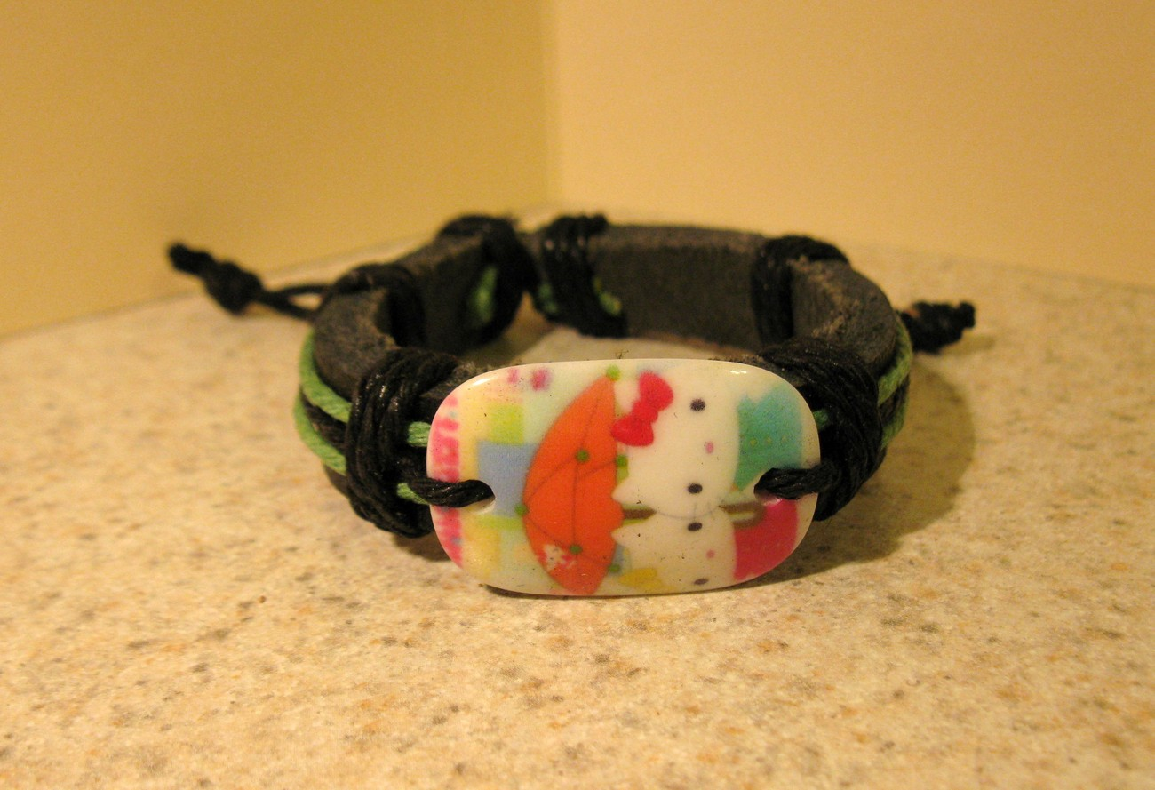 BRACELET CHILDS PUNK LEATHER BRACELET WITH UMBRELLA HELLO KITTY CHARM #613