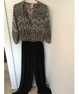 Petasus Ladies Large Jumper Brand New w/o Tag - $15.00