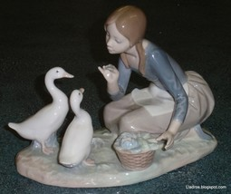 Food For Ducks Lladro Figurine #4849 Little Girl Feeding The Ducks - SUP... - $174.59