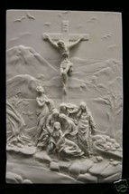 Crucifixion Scene Jesus on the Cross Catholic Statue Wall Plate Plaque Italy - $129.94