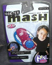 Girl Tech HOOK 'EM MASH Electronic Handheld Game NEW! - $11.96
