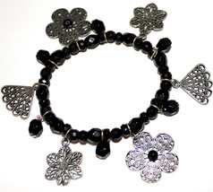 Ladies Black Acrylic Beaded Fan Vintage Flower Floral Filigree Stretch B... - $4.71