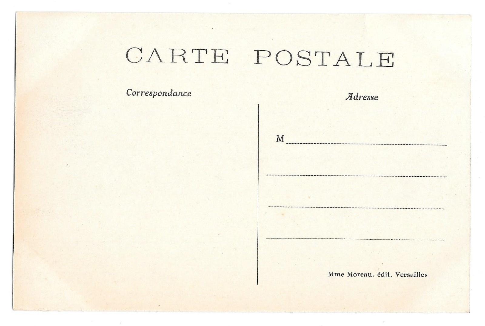 Versailles Parc du Petit Trianon Maison de la Reine Vintage Postcard Mme Moreau