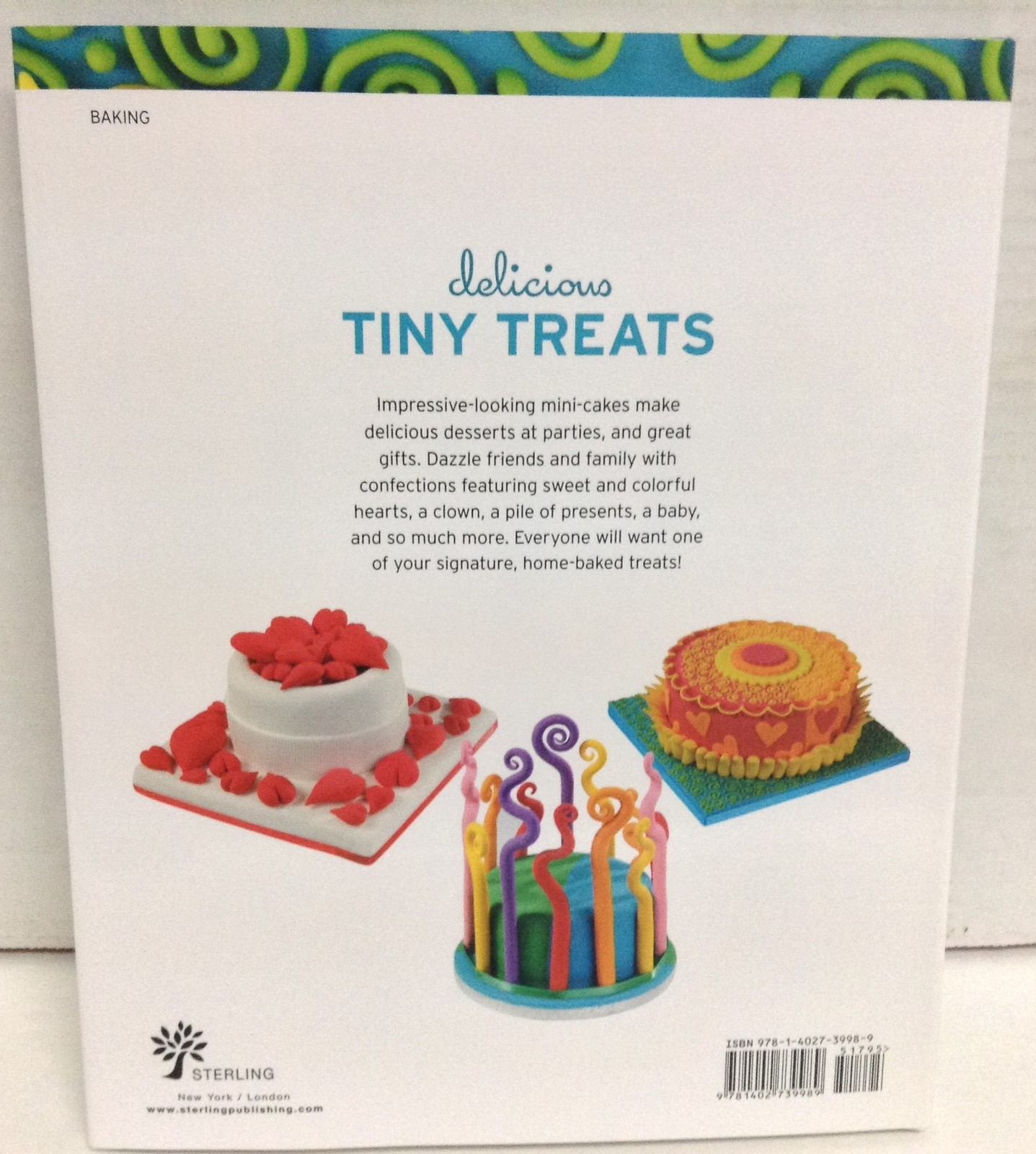 Mini Cakes Cook Book Delicious Tiny Treats Brand NEW by Noga Hitron