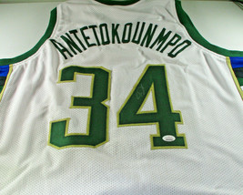 "GIANNIS ANTETOKOUNMPO / AUTOGRAPHED MILWAUKEE BUCKS ""GREEK FREAK"" JERSEY / JSA"