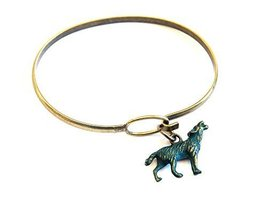 Howling Wolf Charm Bangle Bracelet (Blue)