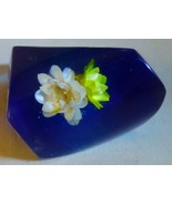 Vintage Late 1960s Huge Modern LUCITE Ring 2 Encased Straw Flowers Blue ... - $135.00