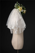 Shoulder Length Wedding Bridal Veils Layer Flower Lace Tulle White Bridal Veils  image 6