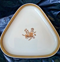 "Royal Copenhagen Denmark Golden Clover (Cream) Gold Trim Triangular 9"" Dish - $20.00"