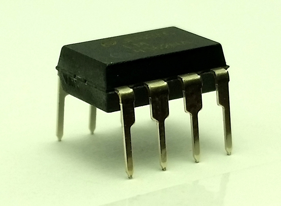 National Semiconductor LM4562NA - Free Shipping - New/Authentic - USA Seller