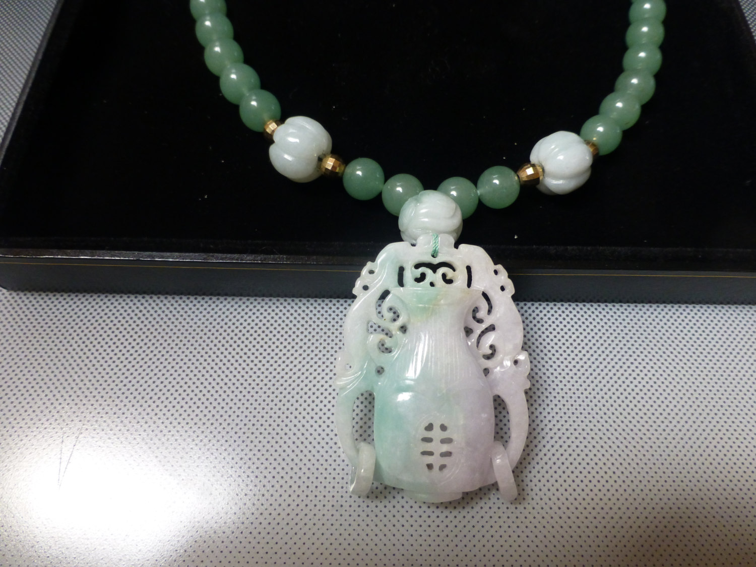 Primary image for ANTIQUE carved jade vase lavender green jade 3 carved beads 14k necklace GUMPS?