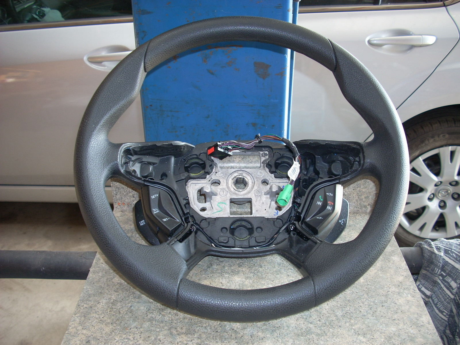 2013 FORD FOCUS STEERING WHEEL