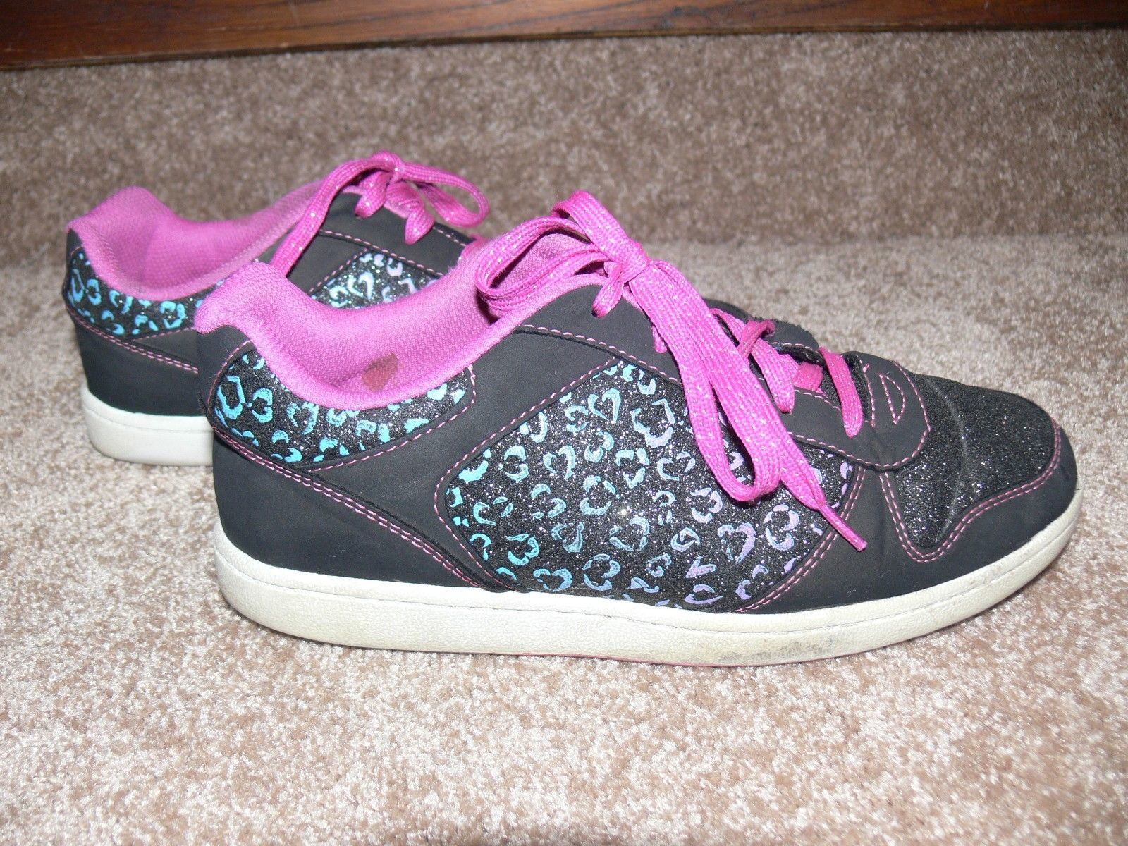 DISNEY LIV AND MADDIE Shoes Youth Sneakers Glitter Hearts Girls Size 5 cz