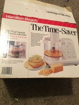 HAMILTON BEACH ELECTRIC FOOD PROCESSOR / CHOPPER 7 CUP CAPACITY MODEL 702R - $39.59