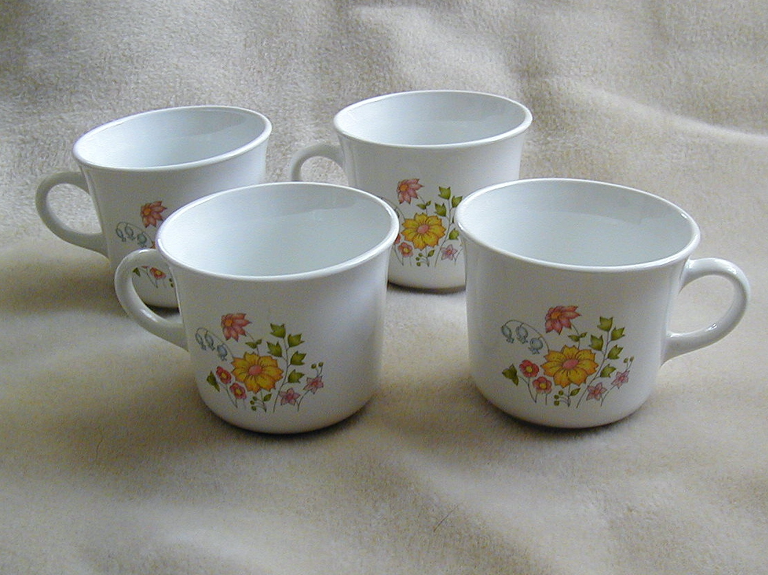 Primary image for Set of 4 Vintage Corning Corelle  Coffee Mugs Cups in MEADOW pattern