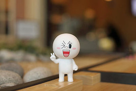 "LINE Friends Wink MOON Figure 15cm(6"") Art Toy Character Decor Desk Home... - €36,18 EUR"