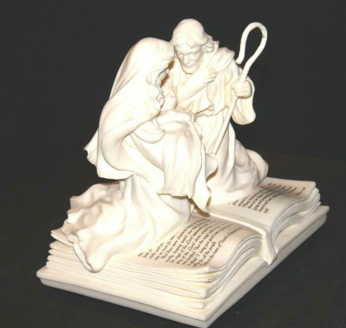 Pure White Music Box of Mary, Joseph and baby Jesus on a Bible AA19-1643 Vintag