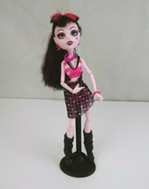 Monster High Draculaura Jointed Doll With Accesories & Stand - $24.07