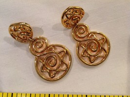 "2"" Dangling Gold Tone Rounds Earrings Posts Pierced Ears - $14.89"
