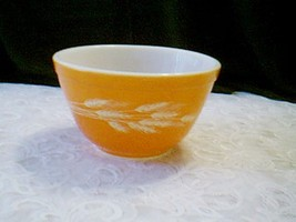 Vintage Pyrex Orange Mixing Bowl - $8.91