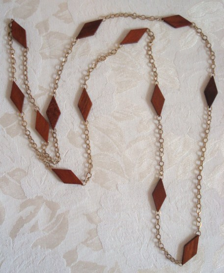 Primary image for Vintage Gold Tone Chain Necklace ~ Wooden Diamonds ~ Costume Jewelry