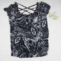 NWT BELLE DU JOUR JUNIORS M MEDIUM TOP BLACK WHITE PRINT NEW - $16.82
