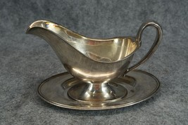 Meriden Silver Plated Gravy Boat with Detached ... - $16.00