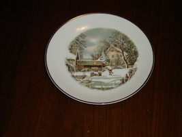 Farmers Home in Winter collector plate by Currier & Ives VGU (4H) - $5.99