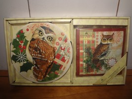 Holiday Owl Large Coaster/Trivet and Cocktail napkin Hostess Set - $11.60