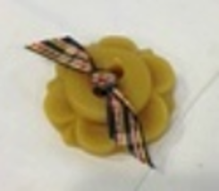 Button Flower Thread Waxer 100% beeswax thread detangler Lady Dot Creates  - $5.50