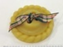 Button Pie Crust Thread Waxer 100% beeswax thread detangler Lady Dot Creates  - $5.50
