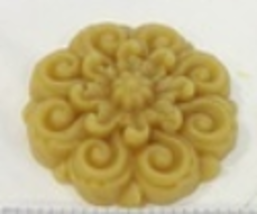 Medallion Thread Waxer 100% beeswax thread detangler Lady Dot Creates  - $5.50