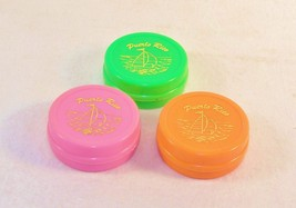 Vintage Style Collapsible Drinking Cup w/Pill Box Lid ~ Set of 3 Asst Co... - $179,36 MXN