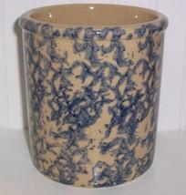 ROBINSON RANSBOTTOM ,ROSEVILLE OHIO BLUE SPONGEWARE HIGH JAR CROCK - $24.74