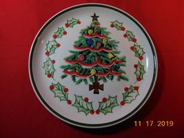 "1950's, Geo. Z. Lefton's, 1096N, 8 1/2"" Christmas Plate. - $14.99"