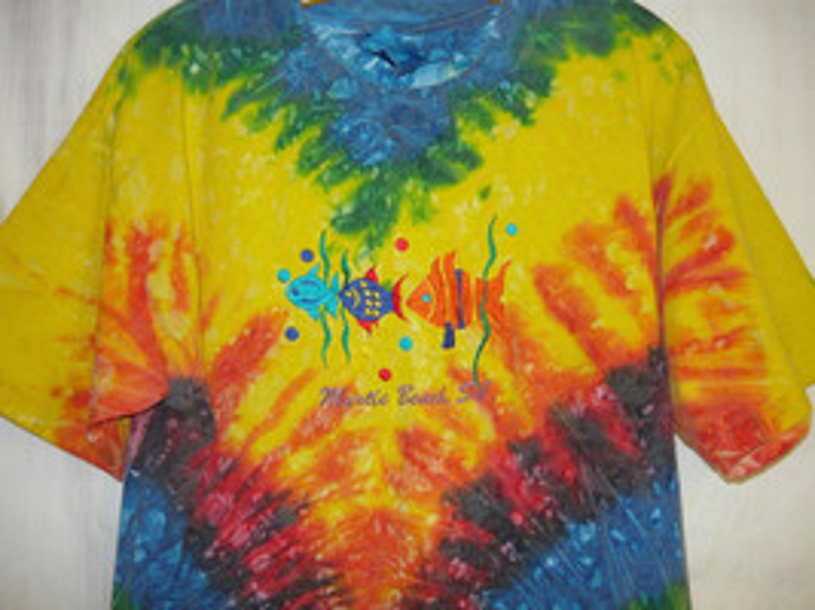 Myrtle Beach Tie Dye Colorful T Shirt With Embroidered Fish Size Lg