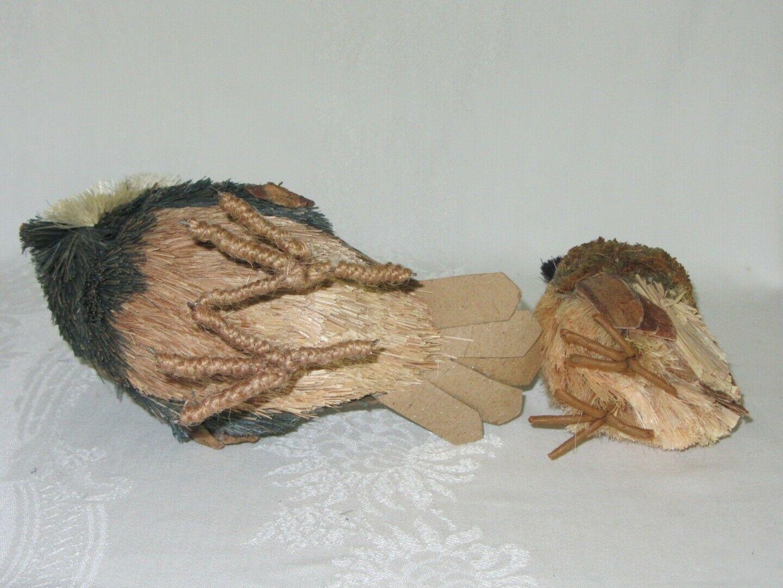2 Owl Bird Figures Sisal Fiber Straw & Wood Vtg Figurines Natural Dried Rustic
