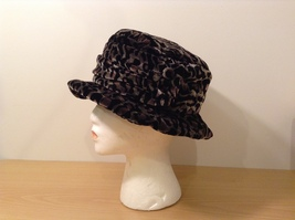 Red Fish Design Animal Print Black/Brown/Dark Olive Green Ladies hat