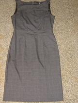 H & M * Womens sz 6 dark gray plaid DRESS - $15.40