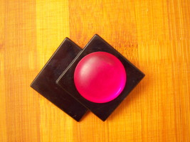Vintage Modernist Brooch. Black Brooch With A Fuschia Colored Cab. - $11.00