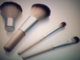 Bamboo Travel Size Makeup Brush Set   - $335,38 MXN