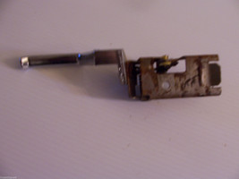 1989 Towncar Right Rear Door Handle Pull Oem Used Orig Lincoln E5 Vb 5422614 Aa - $74.89