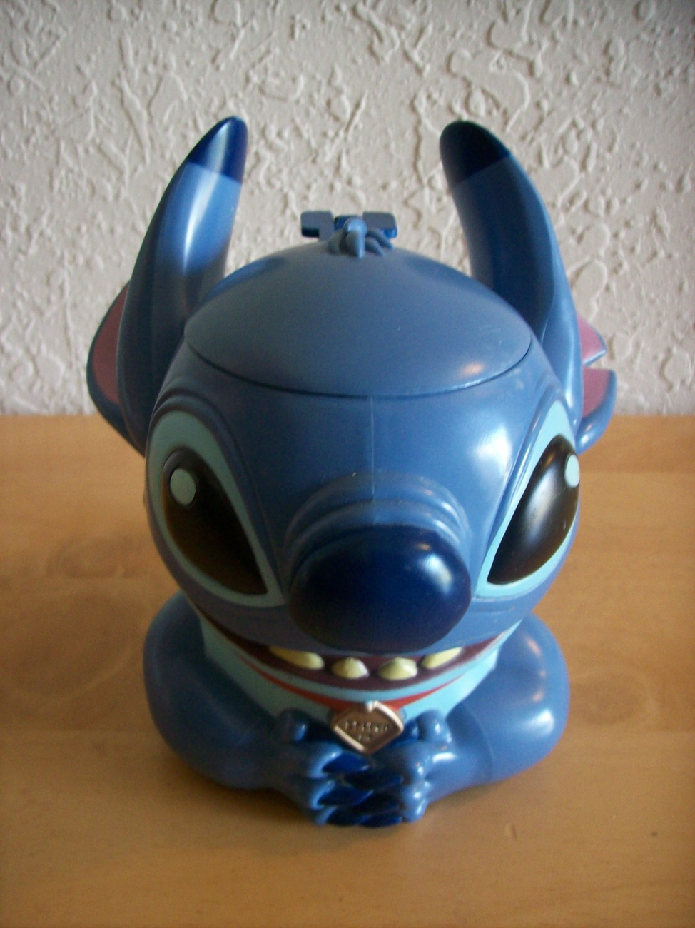 Primary image for Disney on Ice Stitch Cup with Lid