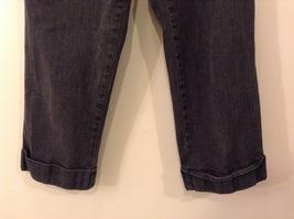 Liz Claiborne Dark Gray Jeans Capri Pants, size 12 Petite image 4