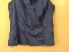 Ann Taylor LOFT Blue Sleeveless V-neck Cotton Blouse Top, size 12, shape fit image 4