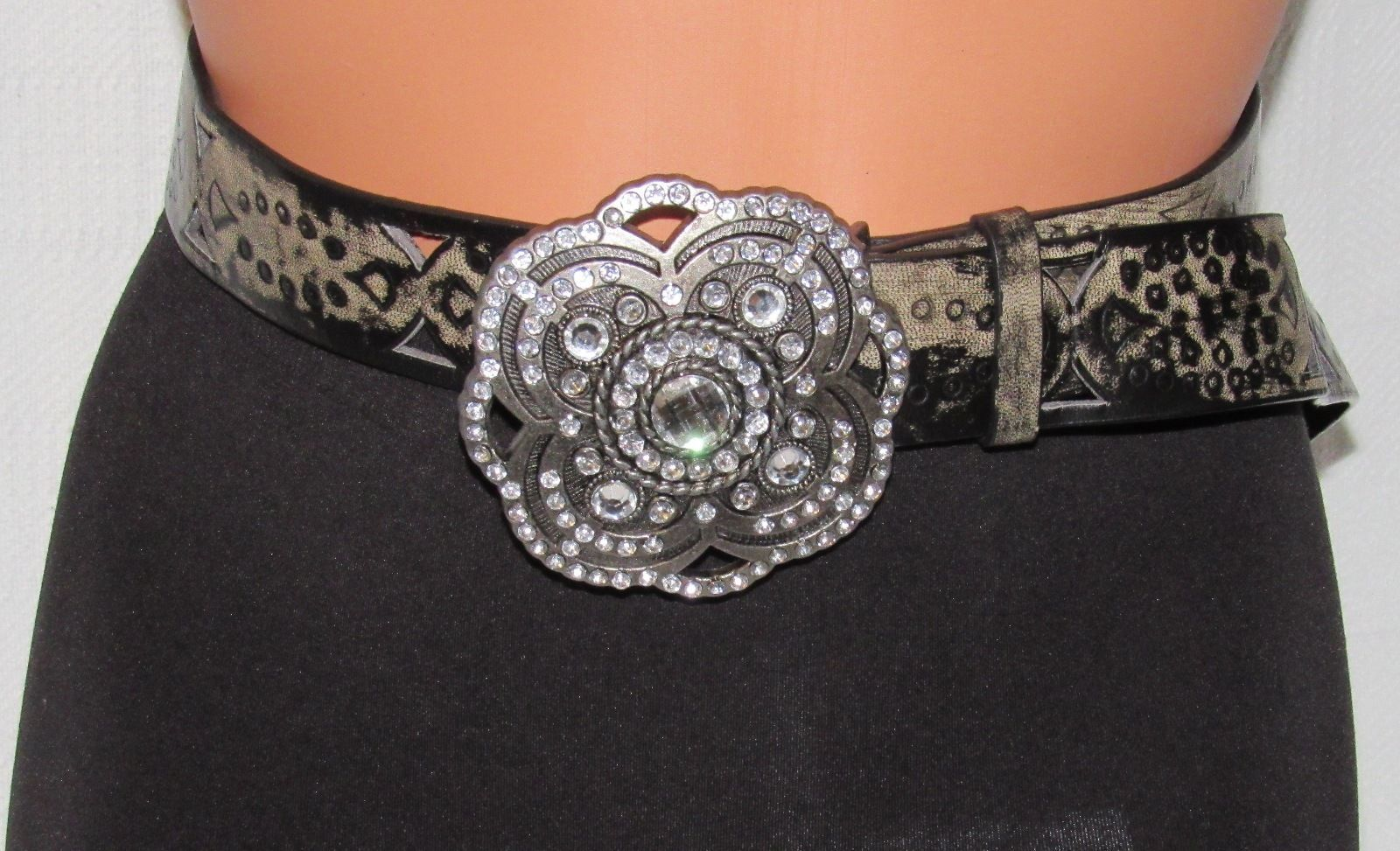 YMI Jeanswear Printed Western Fashion Belt with Bling Buckle Size: 7